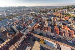 LVIV UKRAINA, WRZESIEŃ, - 08, 2016: Lviv zmierzch i pejzaż miejski Zdjęcia Royalty Free