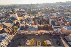 LVIV UKRAINA, WRZESIEŃ, - 08, 2016: Lviv zmierzch i pejzaż miejski Obraz Stock