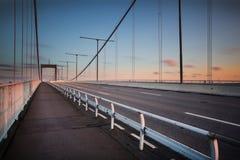 "Lvsborgsbron ""моста Ã Гётеборга во время захода солнца Стоковые Изображения RF"