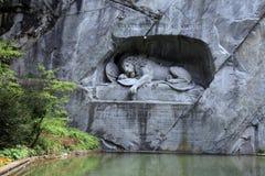 Lwa zabytek w parku (Löwendenkmal) (lucerna, Szwajcaria), obrazy royalty free