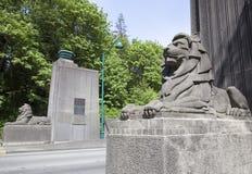 Löwe-Tor-Brücken-Kunst Stockfoto