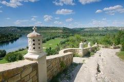 Lyadova,乌克兰,09-08-2018:对Lyadova修道院的看法,位于乌克兰的文尼察州地区 免版税库存图片