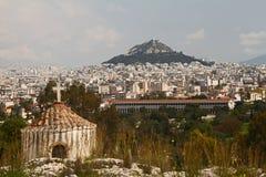 Lycabettous-Hügel und alter Markt, Athen Lizenzfreies Stockfoto