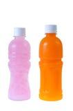 Lychee和在白色背景的橙汁 库存照片