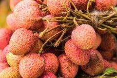 Lychee ή λίτσι για την πώληση στο τοπικό fruitstore Στοκ φωτογραφία με δικαίωμα ελεύθερης χρήσης