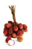 Lychee Пук свежих lychees на белой предпосылке Стоковое Изображение RF