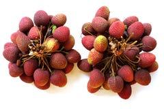 Lychee Пук свежих lychees на белой предпосылке Стоковая Фотография RF