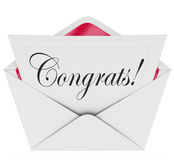 Lyckönskan för kuvert för kort för Congrats anmärkningsöppet brev Royaltyfria Bilder