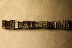 LYCKÖNSKAN - närbild av det typsatta ordet för grungy tappning på metallbakgrunden vektor illustrationer