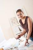 lyckad kvinna för märkes- inre kontor Arkivbilder