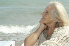 Lycklig äldre kvinna royaltyfria bilder