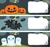 Lycklig allhelgonaaftonkortuppsättning med pumpa, slagträ, spöke. Arkivfoto