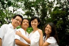 lycklig asiatisk familj Royaltyfria Foton