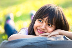 lycklig asiatisk flicka little Arkivbild