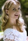 Lycklig blond brud royaltyfri foto