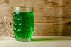 Lycklig drink för gräsplan för dag för St Patrick ` s Royaltyfria Foton