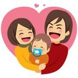 Lycklig förälskelsefamilj Arkivbild