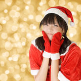 Lycklig förtjusande julflicka arkivbild
