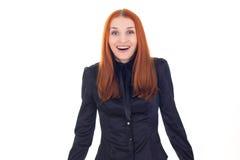 Lycklig förvånad kvinna för attraktiv rödhårig man Arkivfoto