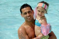 Lycklig fader och dotter arkivfoto