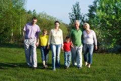 Lycklig familj av sex Royaltyfria Bilder
