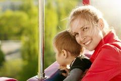 Lycklig familj för kvinna och för pojke Fotografering för Bildbyråer