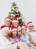 Lycklig familj på jul Royaltyfria Foton