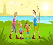 Lycklig familj som går för att fiska Royaltyfri Fotografi