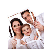 Lycklig familjstående arkivfoto