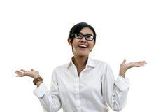 Lycklig flicka som skrattar mot isolerad vit bakgrund Begreppsnolla royaltyfria foton