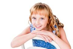 Lycklig härlig teen flicka som isoleras på white Arkivfoton