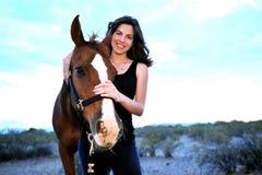 lycklig hästkvinna Royaltyfri Fotografi