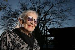 lycklig hög kvinna Royaltyfri Foto