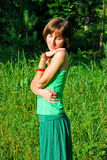 Lycklig hippieflicka Royaltyfri Foto