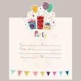 lycklig inbjudan för födelsedag Födelsedaghälsningkort med gåvor och ballonger Royaltyfri Foto
