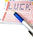 lycklig jobbanvisning för lotteri arkivfoto