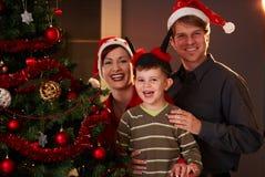 lycklig julfamilj Royaltyfri Bild