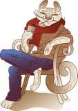 Lycklig katt som dricker kaffesammanträde på en stol Arkivfoto