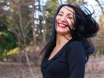 lycklig kvinna arkivbild