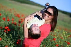 lycklig kvinna för barn Royaltyfria Foton
