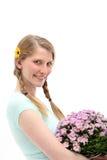 lycklig kvinna för bukettblomma royaltyfria bilder