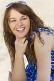 lycklig kvinna för strand Arkivfoto