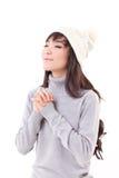 Lycklig kvinna som tycker om vinter Arkivbilder