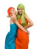 lycklig kvinna två för färgklänninghår royaltyfri foto