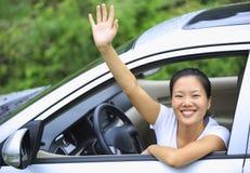 Lycklig kvinnachaufför Royaltyfria Foton