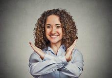 Lycklig le gest för stopp för kvinnadanandevisning Royaltyfri Fotografi