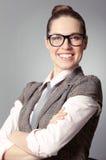 lycklig le kvinna för affär Royaltyfri Foto