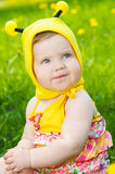lycklig liten äng för flicka Royaltyfria Foton