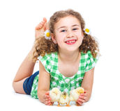 Lycklig liten flicka med hönor Royaltyfri Fotografi