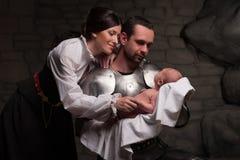Lycklig medeltida familj Royaltyfria Bilder